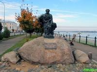 Памятник бурлаку.