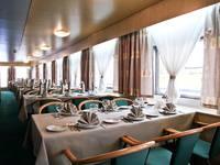 Ресторан «Волга» теплохода «Юрий Андропов»