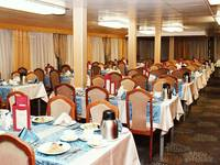 Ресторан на средней палубе теплохода «Михаил Фрунзе»