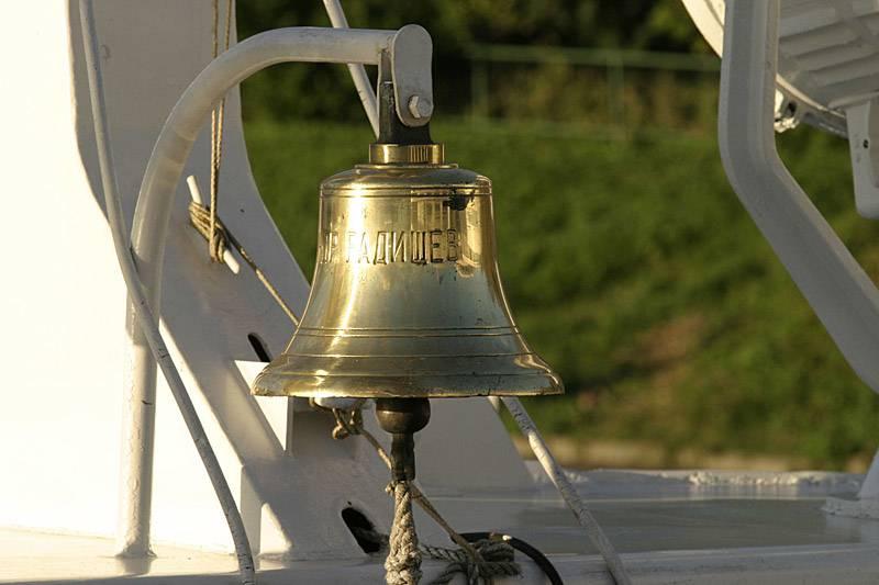 картинки корабельного колокола способ изготовления вафельных
