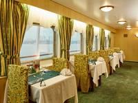 Ресторан Москва на средней палубе